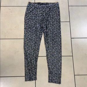 Cheetah print leggings
